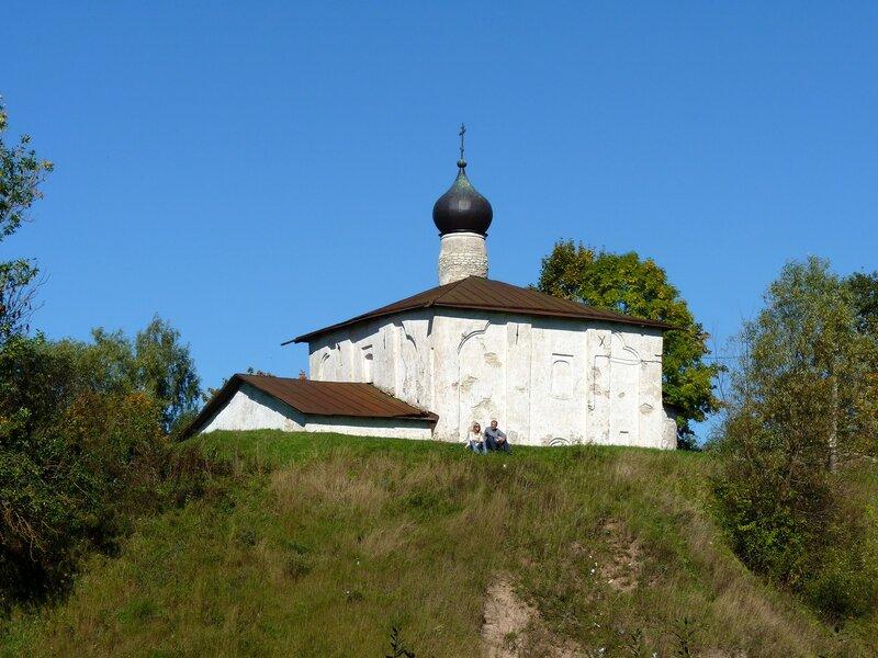 Псков. Церковь Козьмы и Дамиана с Гремячей горы