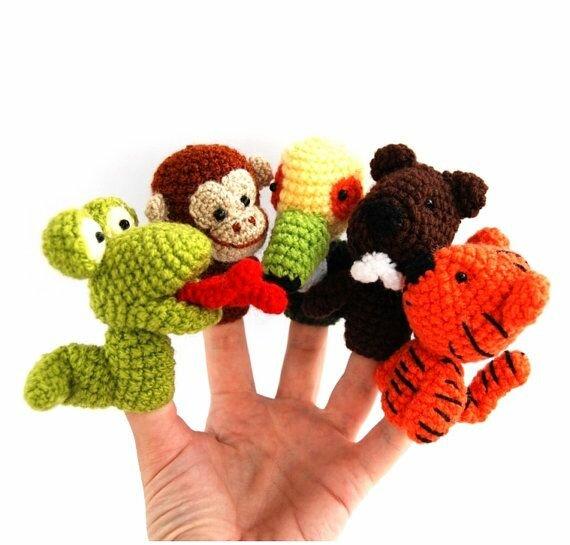 игрушки на палец крючком