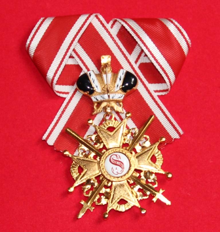 Крест орден Святого Станислава 1 ст.(с мечами,с короной,чёрной эмали) Реверс