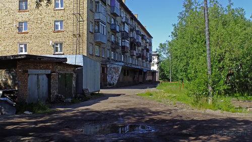 Фотография Инты №5202  Юго-восточный угол Гагарина 15 16.07.2013_12:47