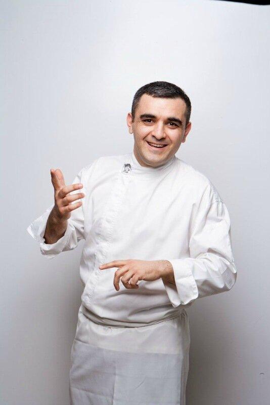 Стол блюд кавказской кухни