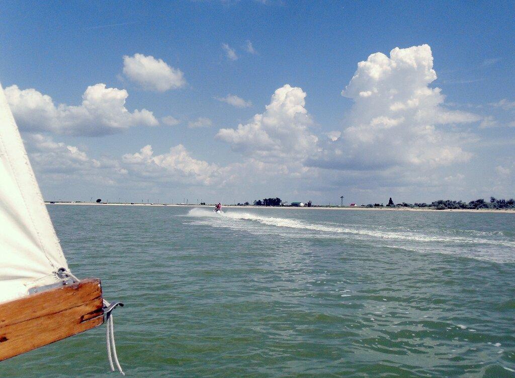 На яхте в июне
