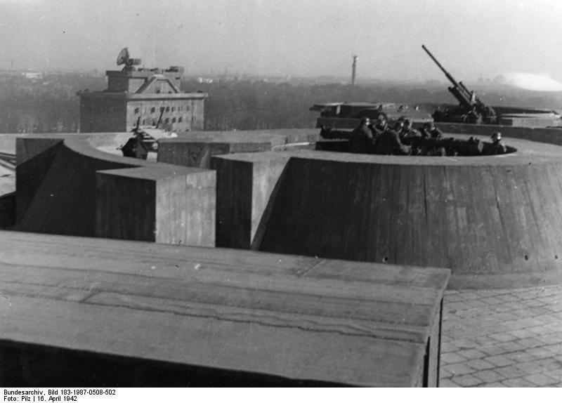 Berlin, Flak auf Zoobunker