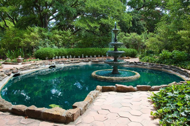 Сады Чандора (Chandor Gardens). США