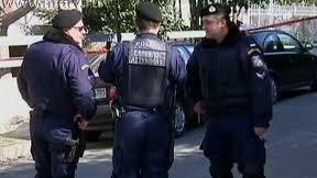 В Афинах неизвестные открыли огонь по группе молодежи