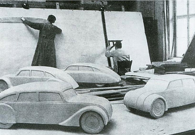 1934c Tatra T77.jpg