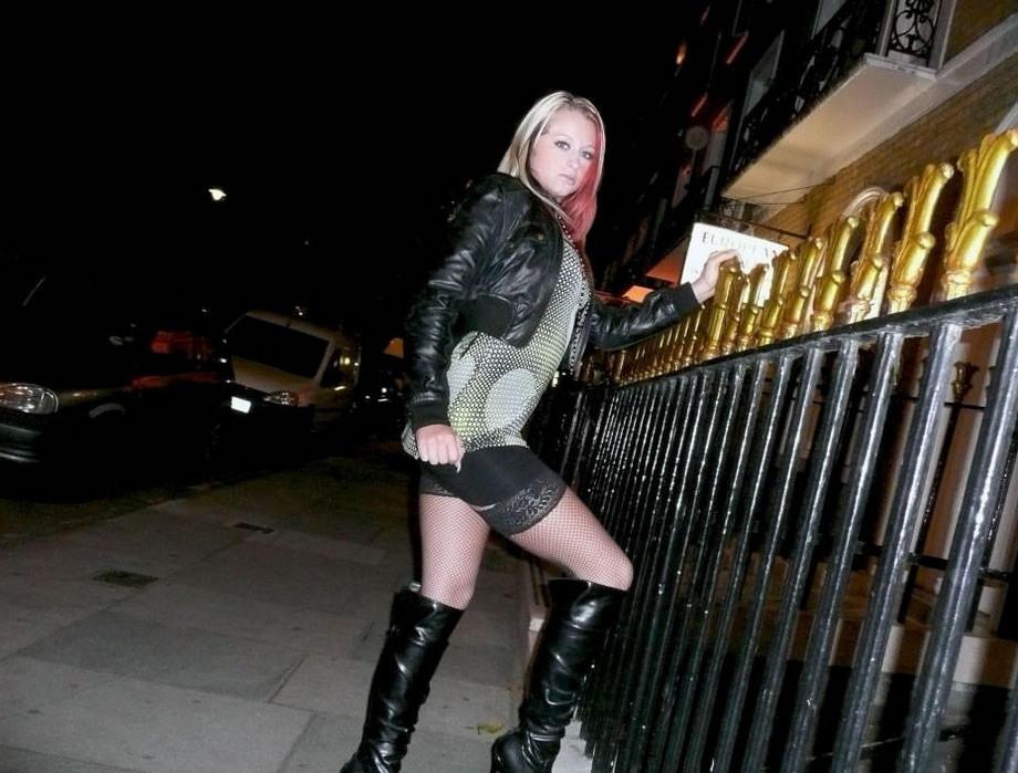 проституток фото панель