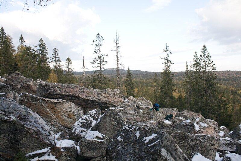 На вершину Среднего Таганая путь лежит покурумам (12.08.2013)