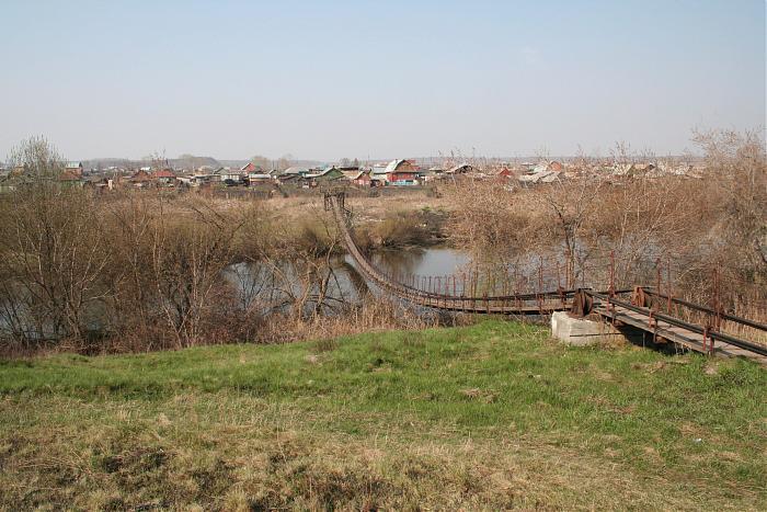 Подвесной мост в Казанцево недалкео от Челябинска (25.09.2013)