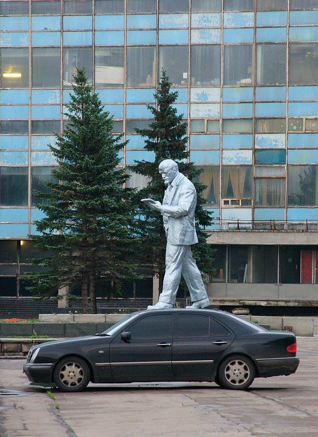 Ленин и Мерседес