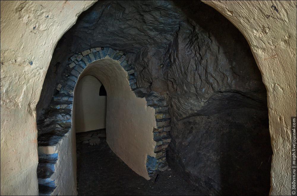 0_ba601_bb936165_orig Пещеры и подземелья Киева