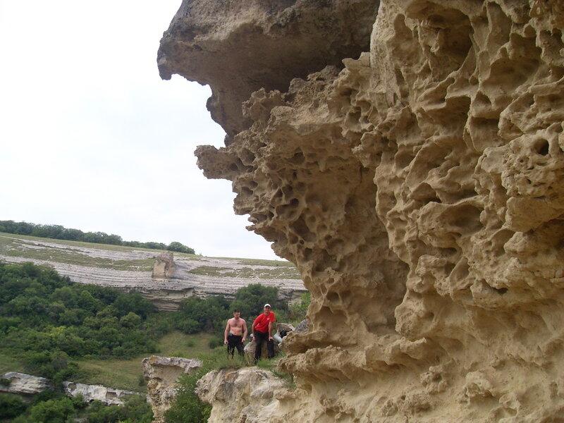 Скалы в Бакле