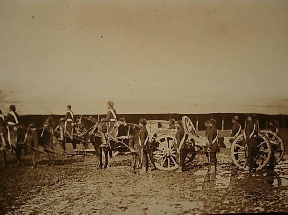 Турецкие артиллеристы возле лафета