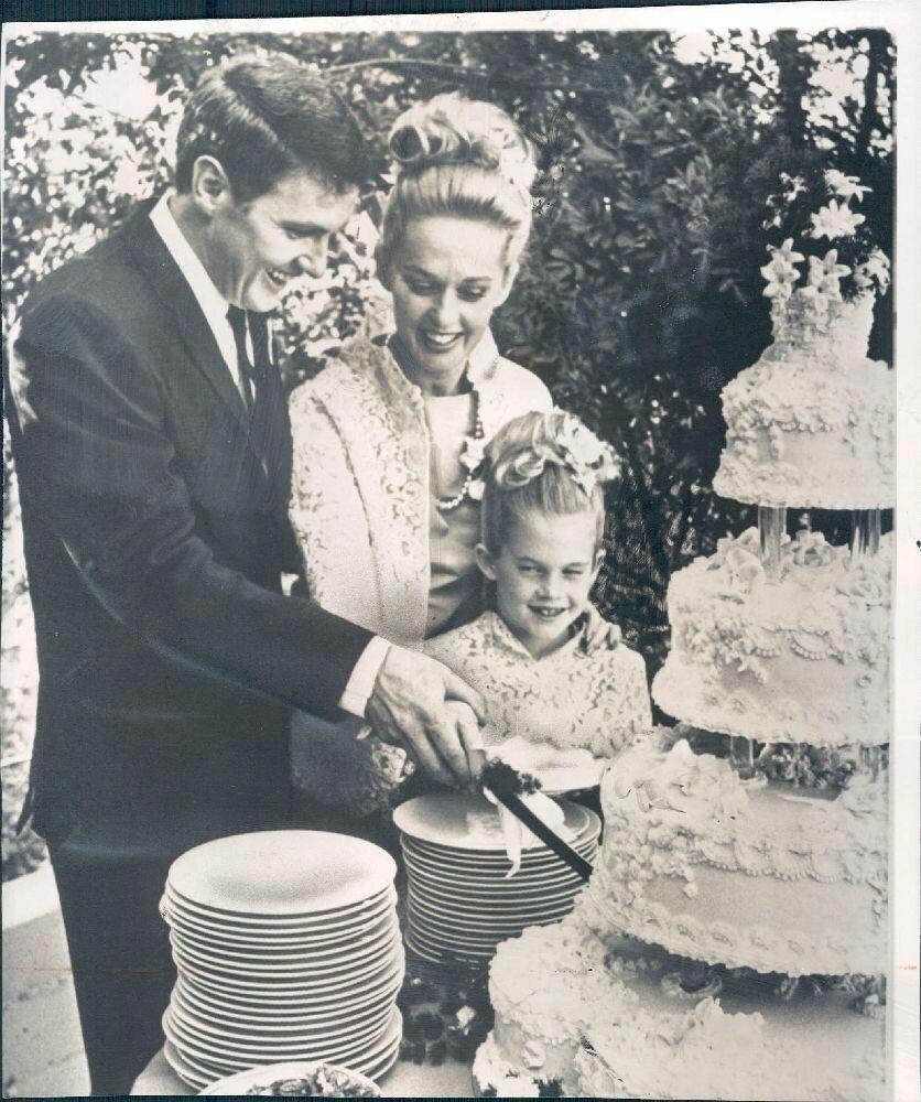 1964. Мать и дочь: Типпи Хедрен и Мелани Гриффитс