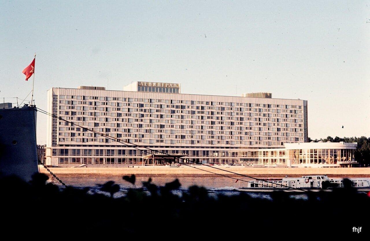 Aurora and Hotel Leningrad