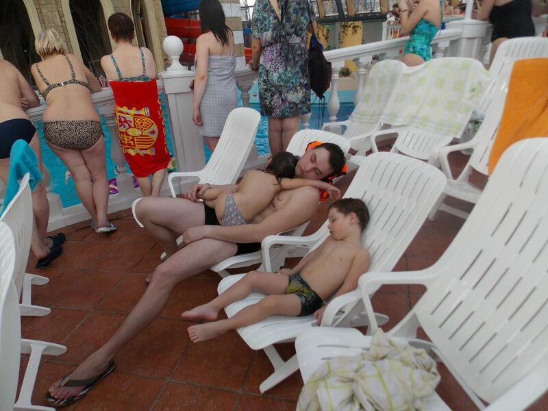 Аквапарки расслабляют
