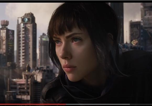 Скарлетт Йоханссон вовсей красе: вышел 2-ой трейлер «Призрака вдоспехах»