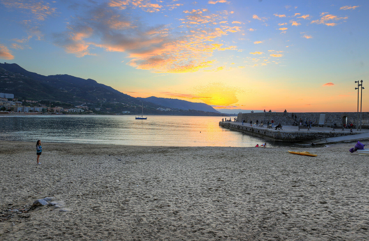 Sunset in Cefalù. HDR photo