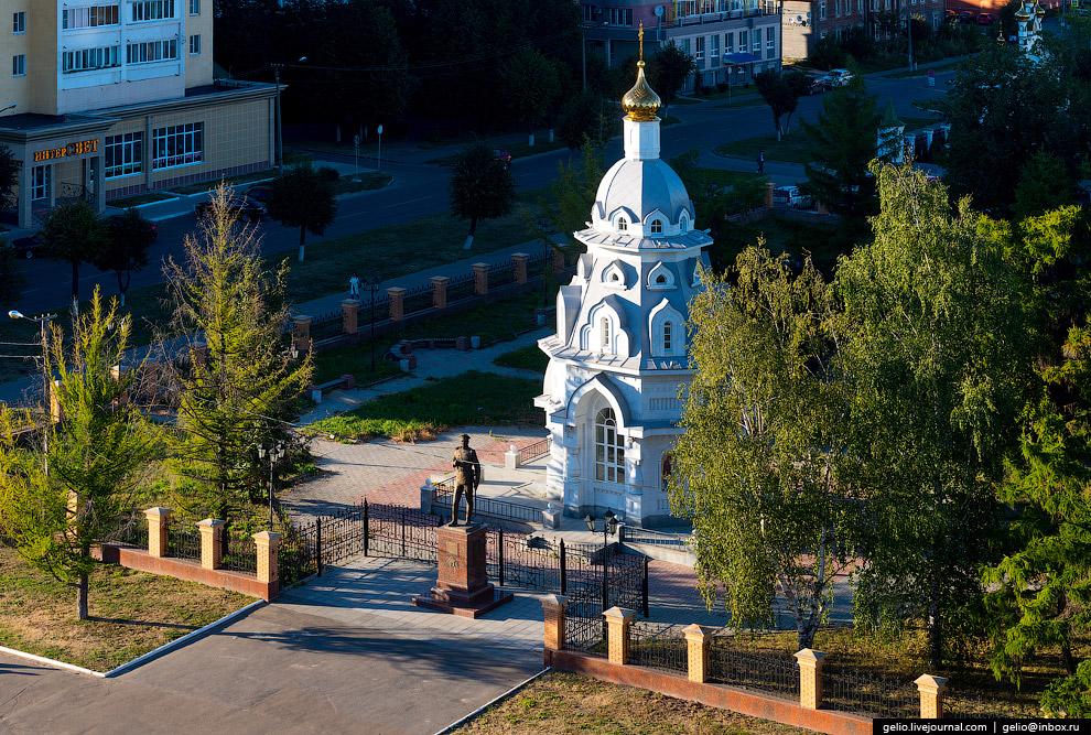 32. Церковь Пресвятой Троицы. Первый каменный храм Царевококшайска был построен в 1736 году, в