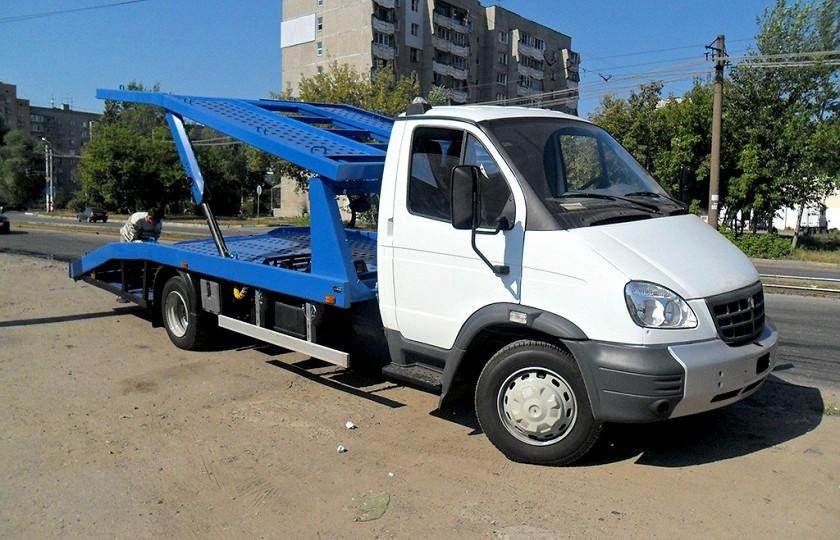 Hyundai HD-78 с двухрядной 7-местной кабиной На базе грузовичка Hyundai построен самосвал с трехстор