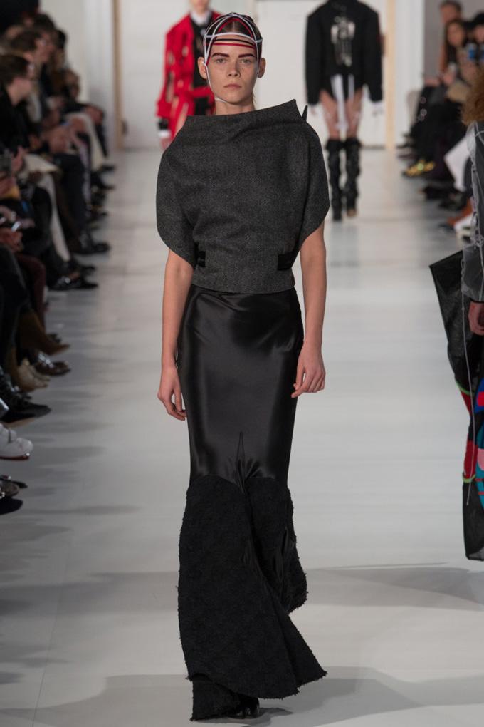 Неделя высокой моды в Париже: Maison Margiela весна 2017