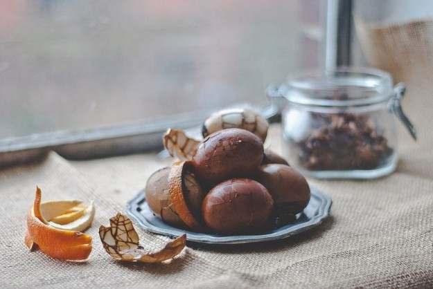 Чайные яйца по-китайски — символ богатства, процветания и плодородия.