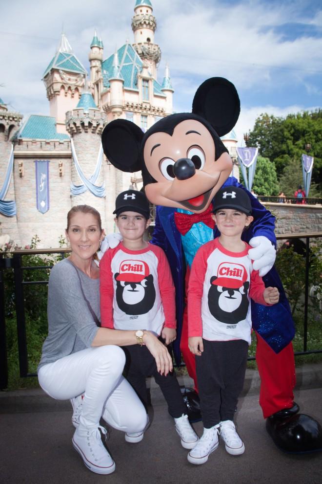 Селин Дион и Рене Анжелил Дион вместе с сыновьями Нельсоном и Эдди в прошлом году отметила их день р