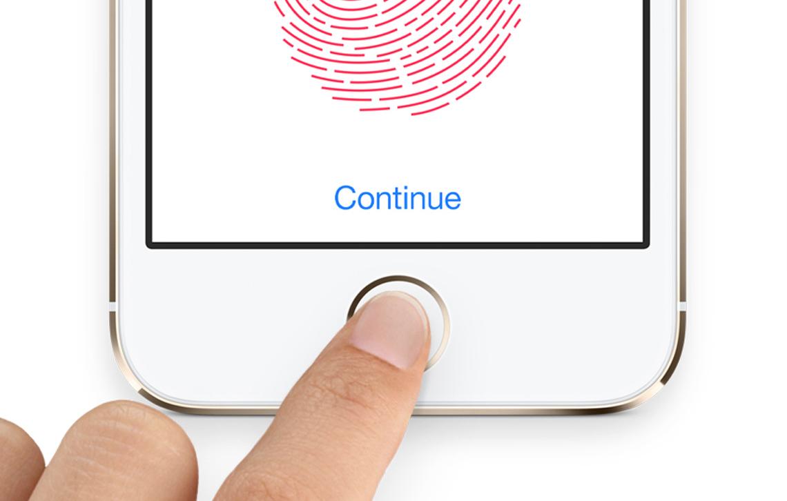 ОтApple требуют остановить продажи iPhone