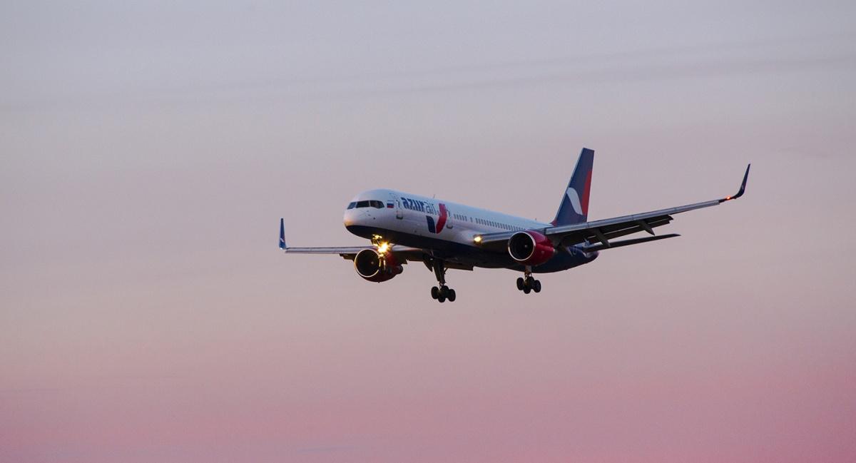 ВНовосибирске из-за болезни пассажира экстренно сел самолёт