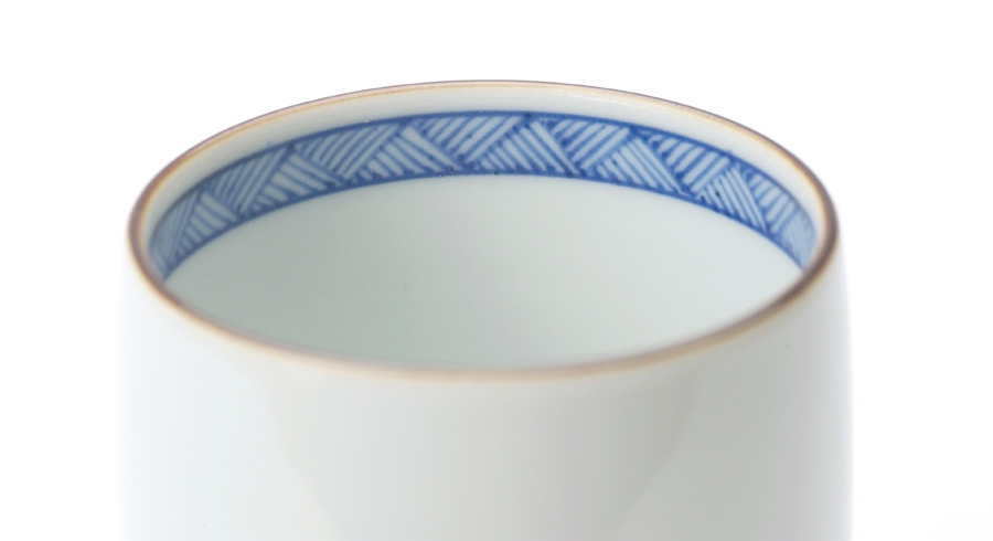 A 130-Year-Old Japanese Pottery Shop Puts a Modern Spin on Traditional Kutani Tableware