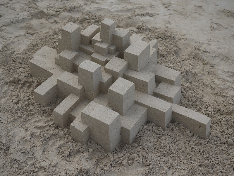 Geometric Sandcastles from Calvin Seibert (8 pics)