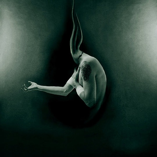 Creepy Photo Manipulations by Blekotakra