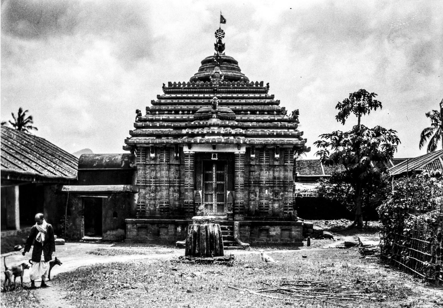 716. Орисса. Сельский храм
