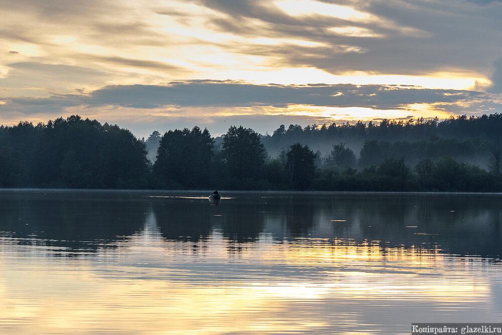 Раифское озеро на закате.
