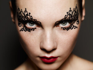 Стань звездой! Креативный макияж и идеи для ХэллоуинаСтань звездой! Креативный макияж и идеи для Хэллоуина