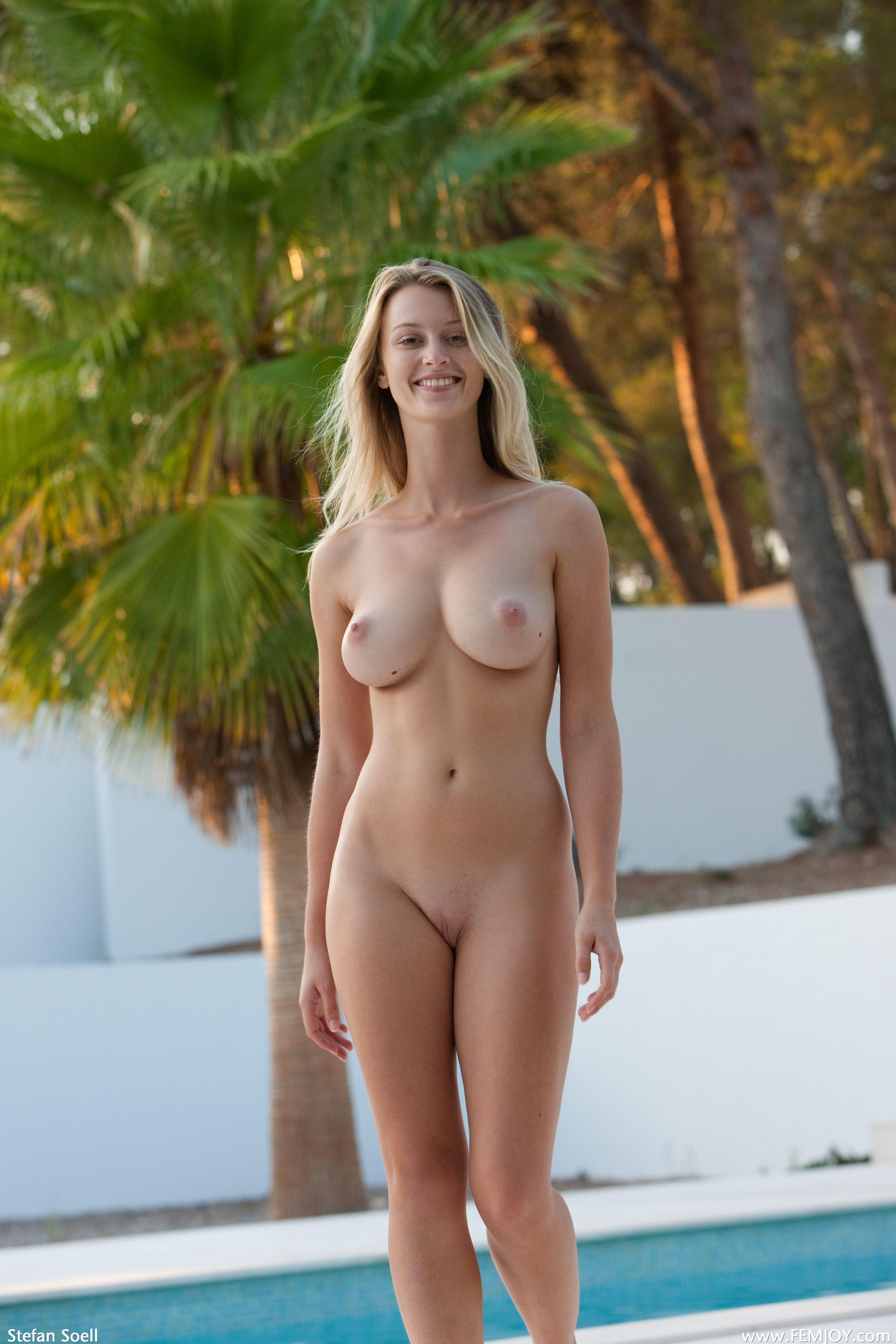 Голые женщины 21 @ bigobe.com