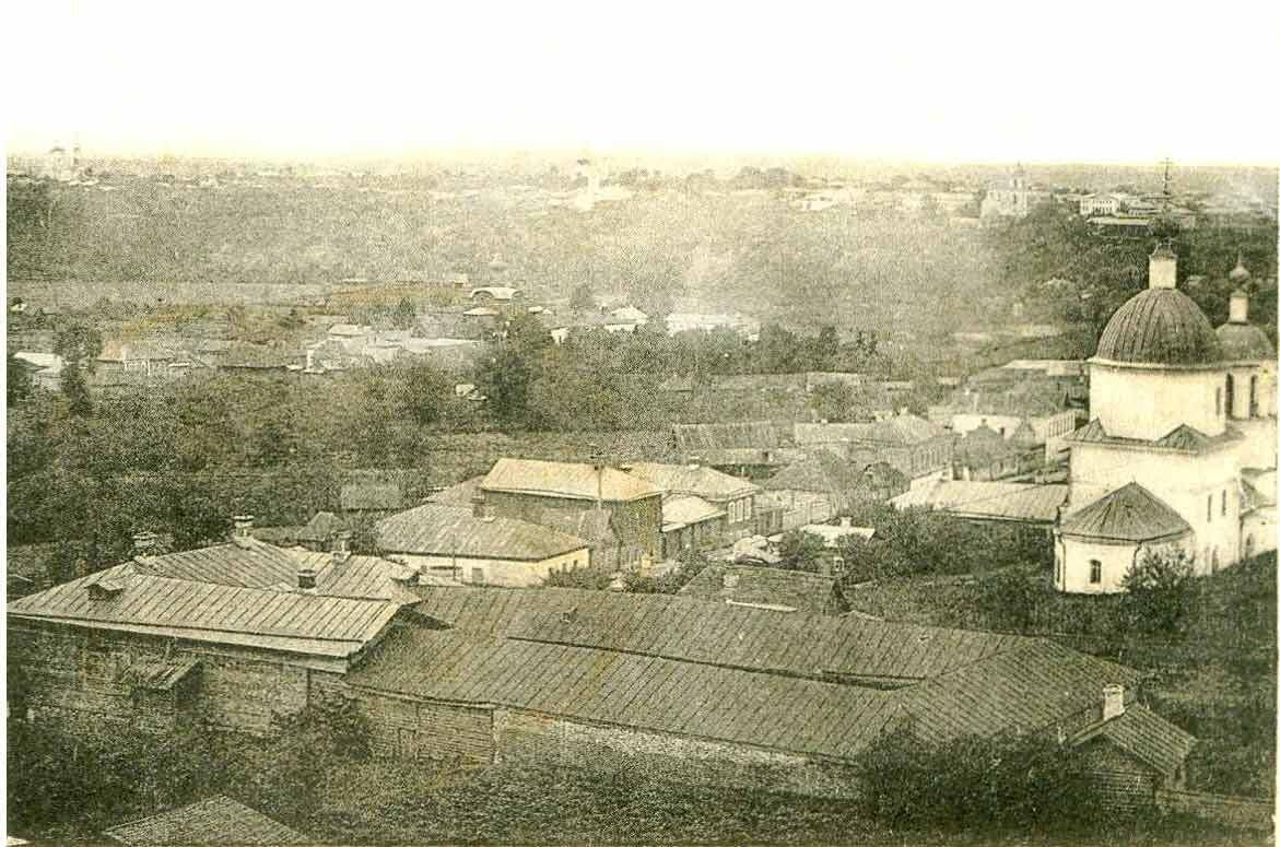 Вид на улицу Троицкую и Троицкую церковь