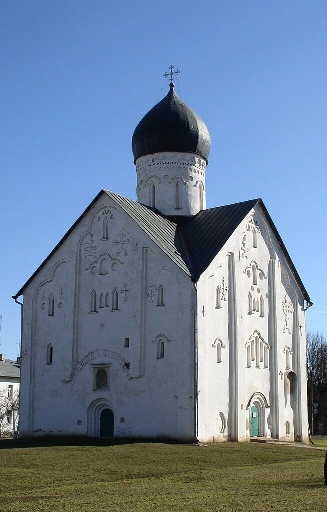 800px-Ilyina_Transfiguration_church,_Novgorod.JPG