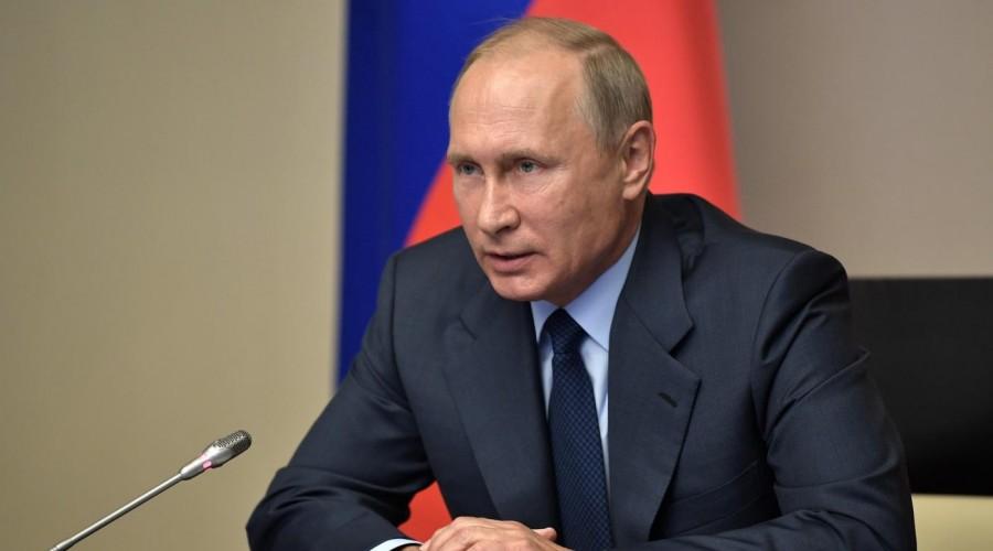 Владимир Путин подписал закон о трехлетнем бюджете