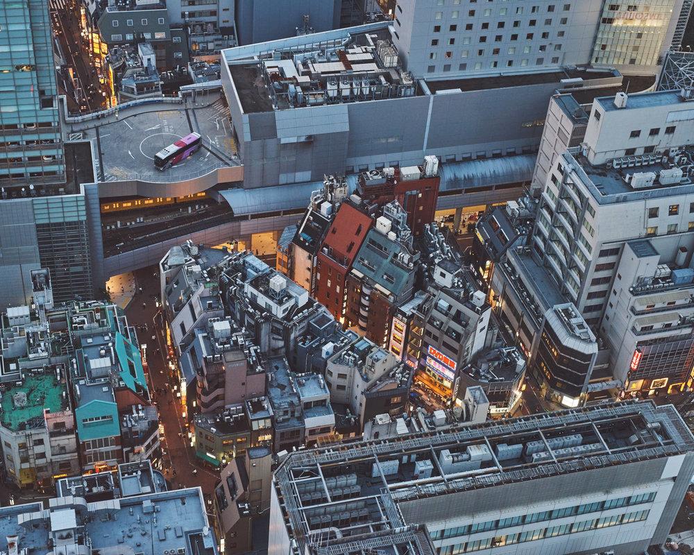 Головокружительные городские пейзажи Кристиана Делфино