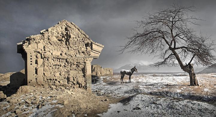 В самой перенаселенной стране мира начинают исчезать удаленные деревни