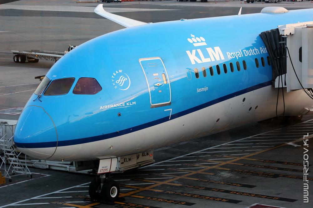 B-787_PH-BHH_KLM_3_JFK_resize (2).jpg