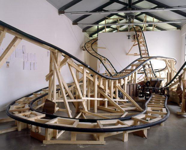 Gelitin Otto Volante, 2004 Massimo De Carlo, Milano, Italy Photo Agostino Osio Copyright Gelitin