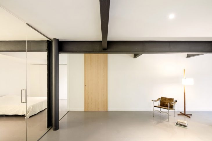 Bonanova Apartment by PMAM