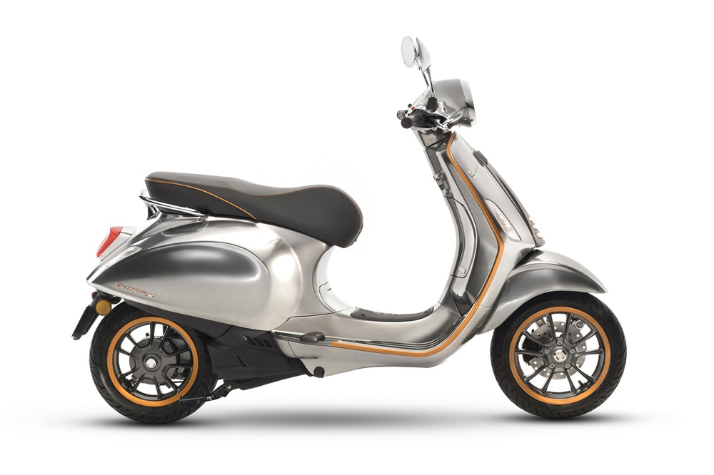 EICMA 2017: Электрический скутер Vespa Elettrica 2018