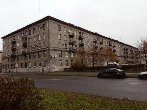 пл. Чернышевского 9