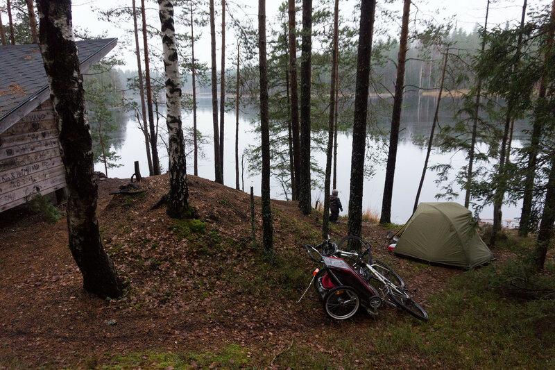 ночевка в палатке у лааву Sihkarinkallio