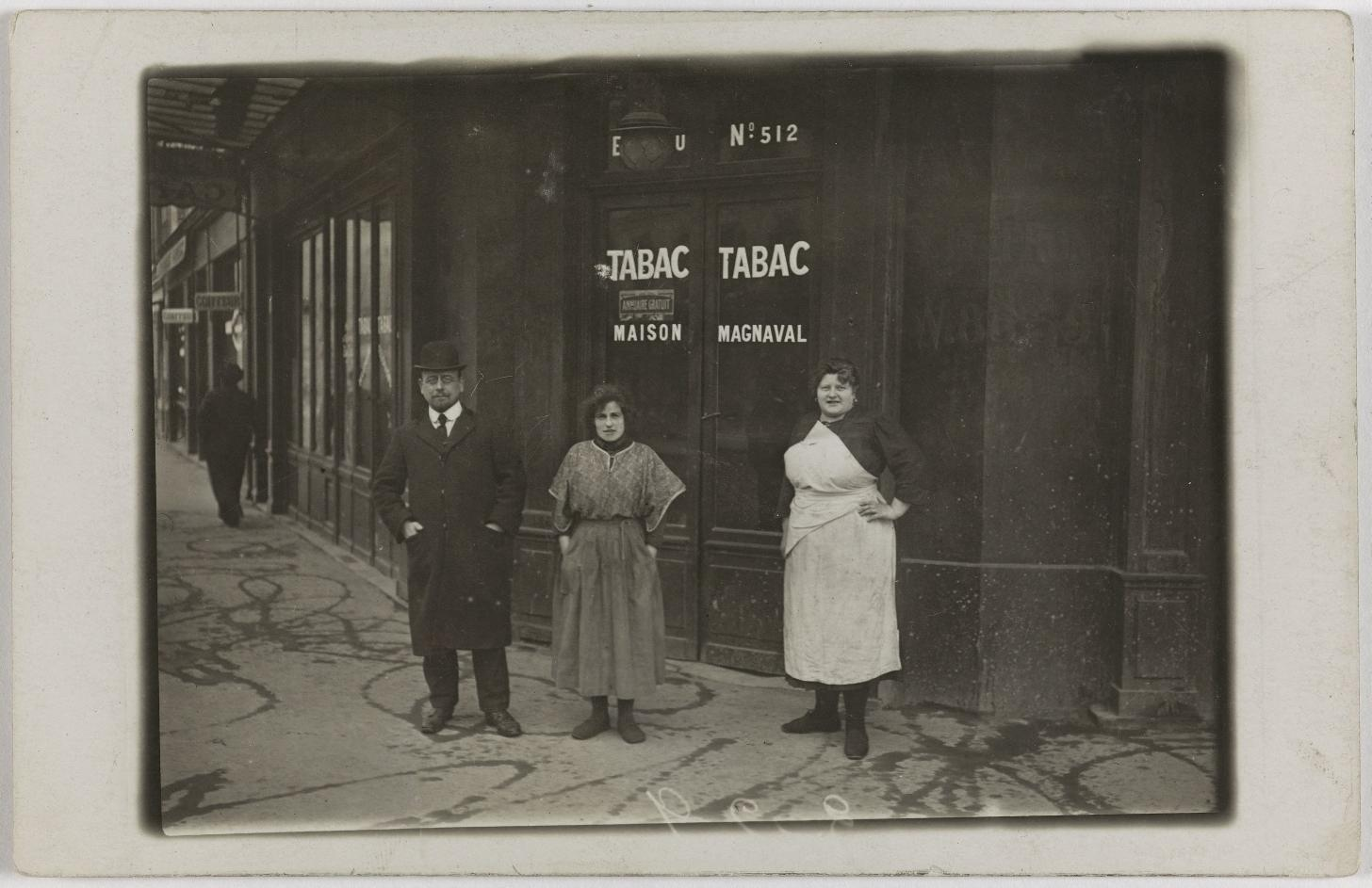 1911-1913. Кофе, вино, табак. Дом Магнаваль, 170, avenue de Clichy (17-й округ). Сейчас на этом месте китайский ресторан