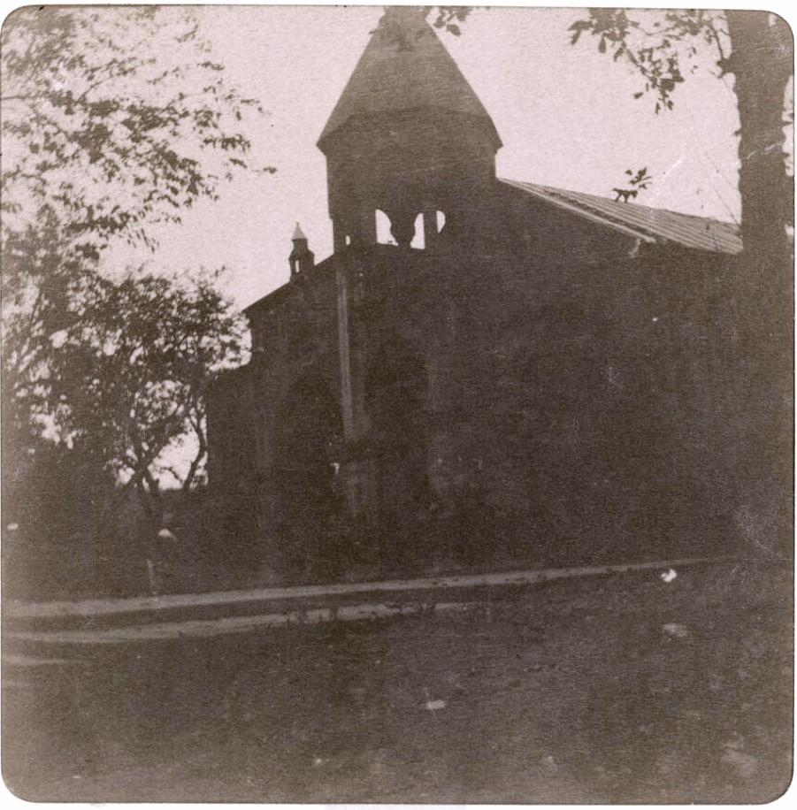02. Эривань. Армянская церковь