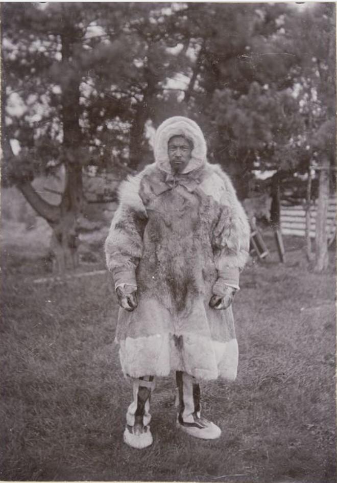 Мужчина в зимней одежде. Петкаш, Сосьва